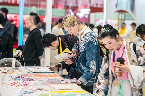 2019中国国际纺织面料及辅料(春夏)博览会盛大启幕 图4
